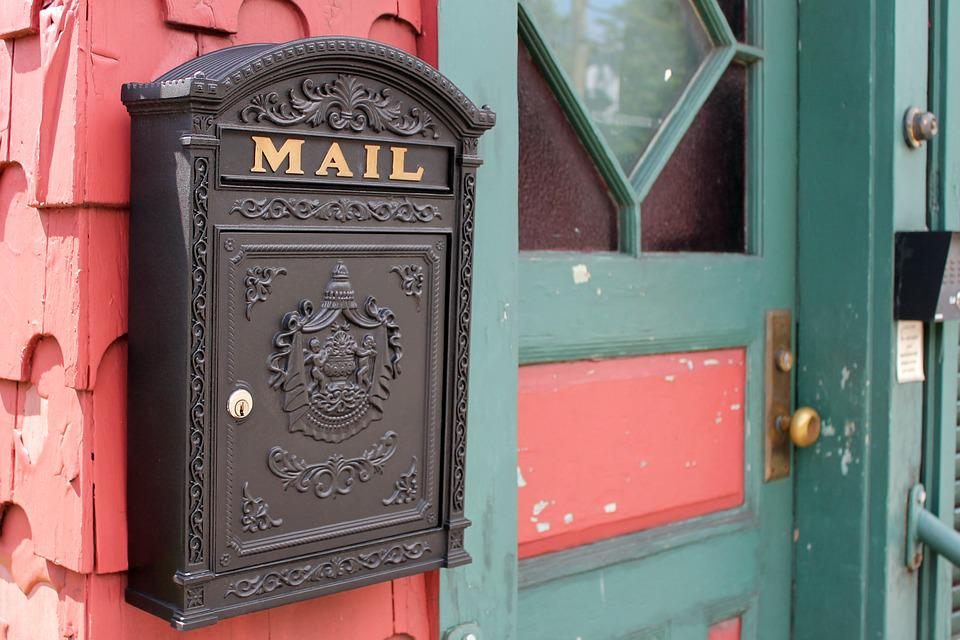 Are Post Mails Still Being Used In Business Today?
