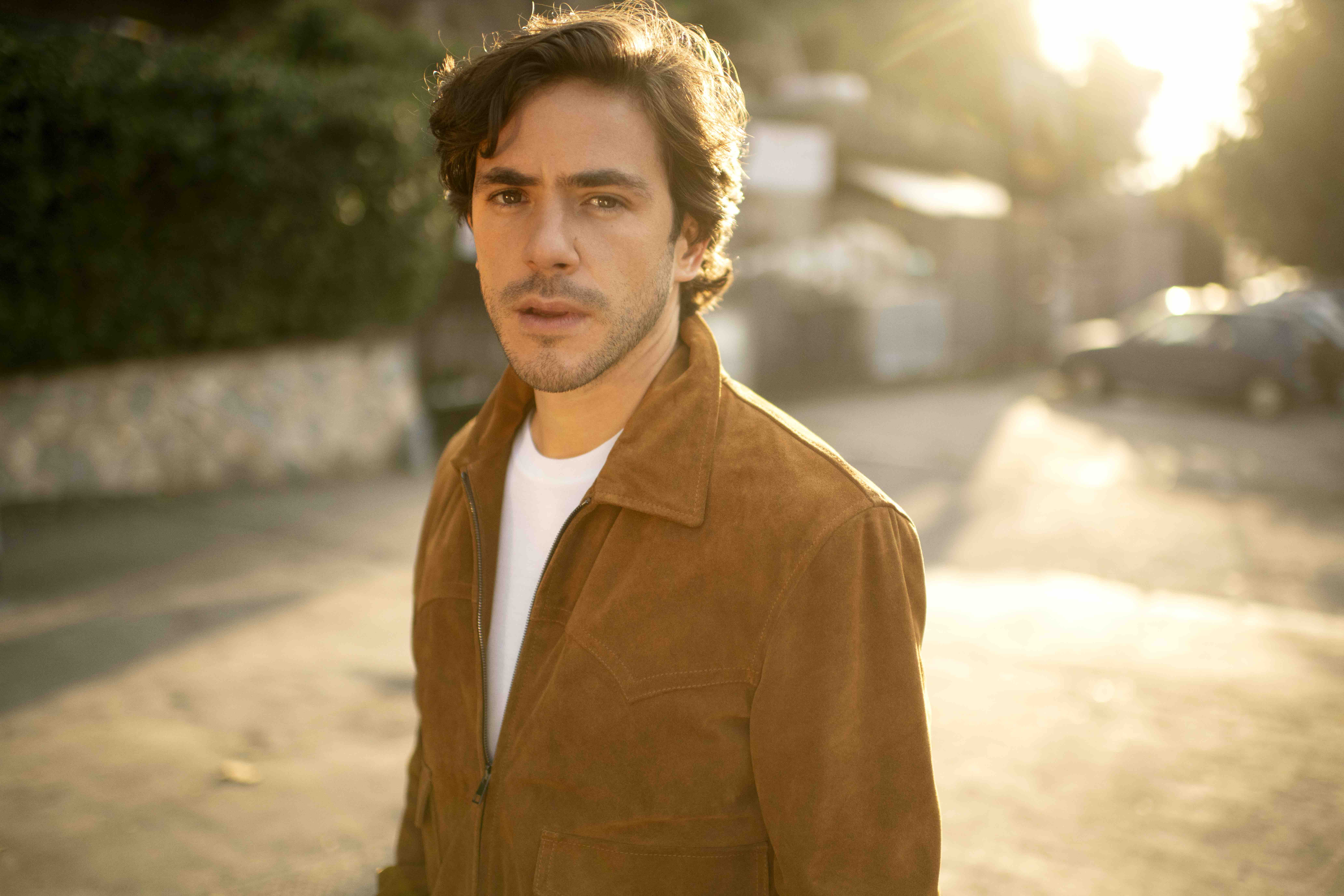 Jack Savoretti, playing Westonbirt this summer, releases latest video