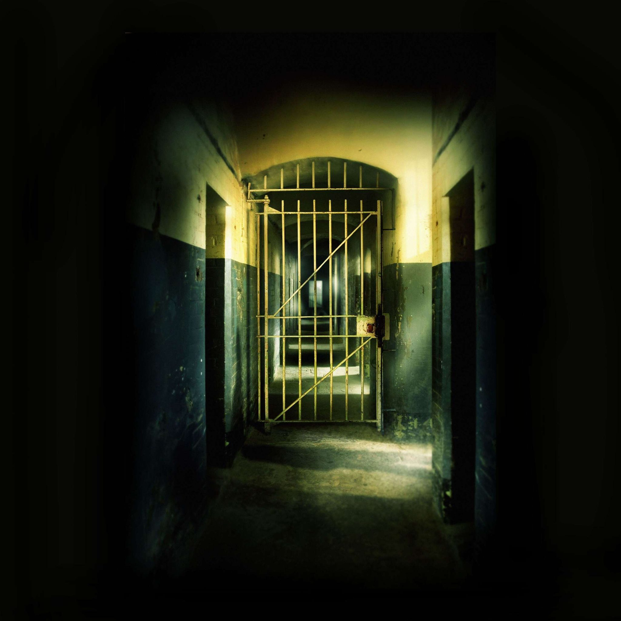 Virtual ghost hunt at prison and castle