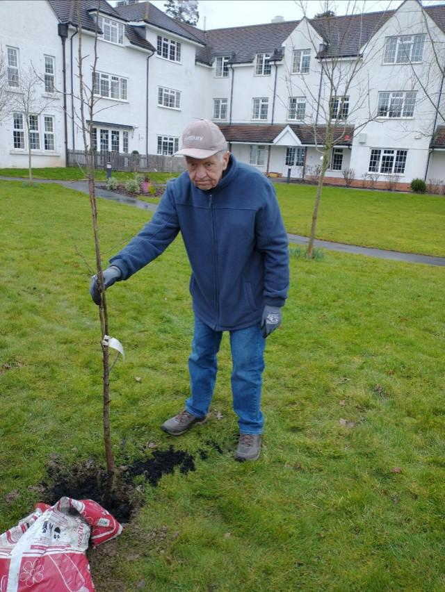 TV gardening slot for Braydon care home residents