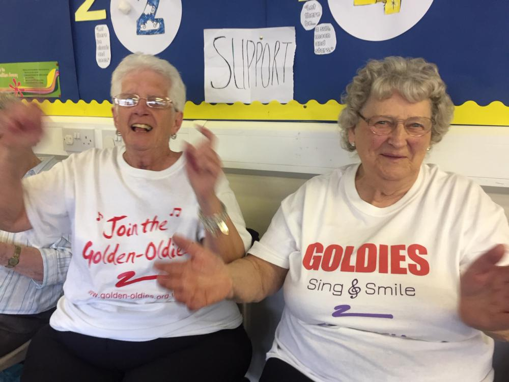 Older people staying in touch during the crisis through the power of song