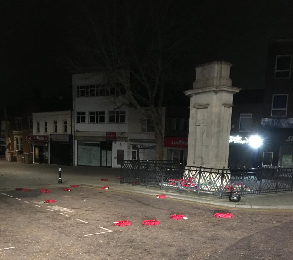 VIDEO - Police release CCTV footage of Swindon cenotaph vandalism after perpetrator jailed