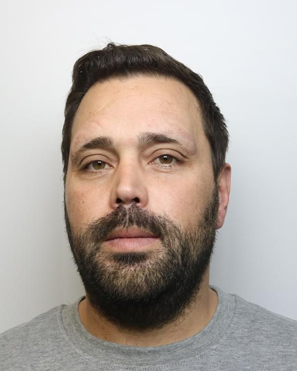 Man who robbed Aldbourne post office at knifepoint jailed