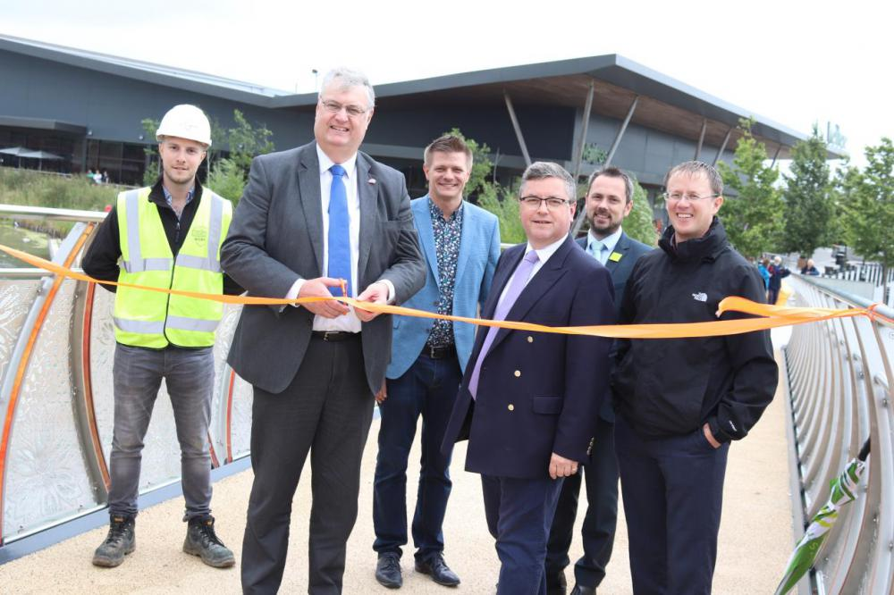 (left to right): Tom Forgan, Site Manager; Cllr David Renard, Leader of Swindon Borough Council, Karl Drew, General Manager of Hall and Woodhouse Wichelstowe; Robert Buckland MP, South Swindon MP; Simon Adkins, Branch Manager of Waitrose; Rob Powe, Wichelstowe Programme Manager