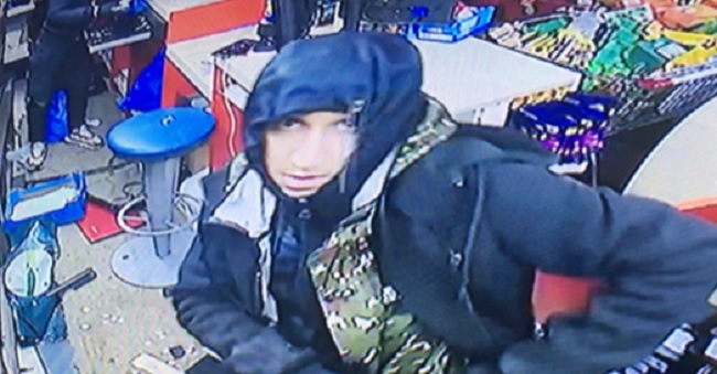Can you identify burglars who targeted Polish shop in Fleet Street?
