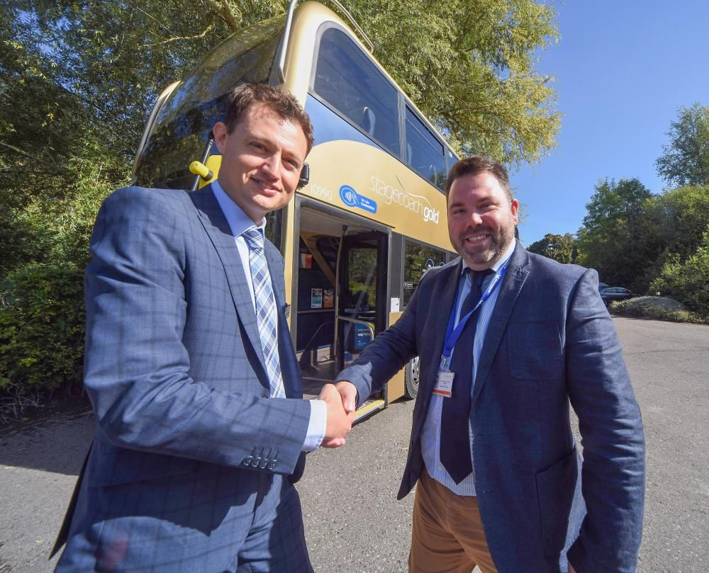 New Swindon to Oxford bus route takes to the road
