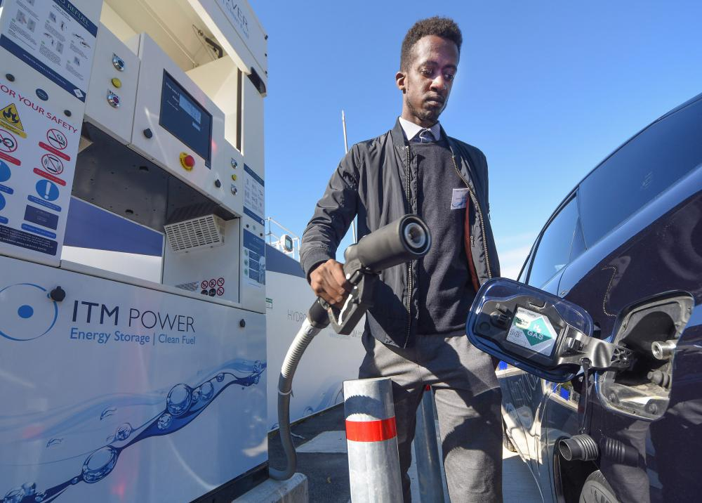 ITM Power opens hydrogen refuelling station in Swindon