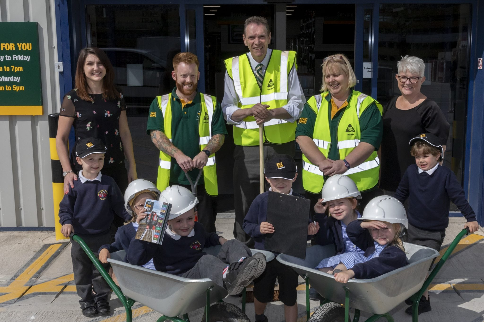 Local primary school gets a new trade as Travis Perkins unveils new branch