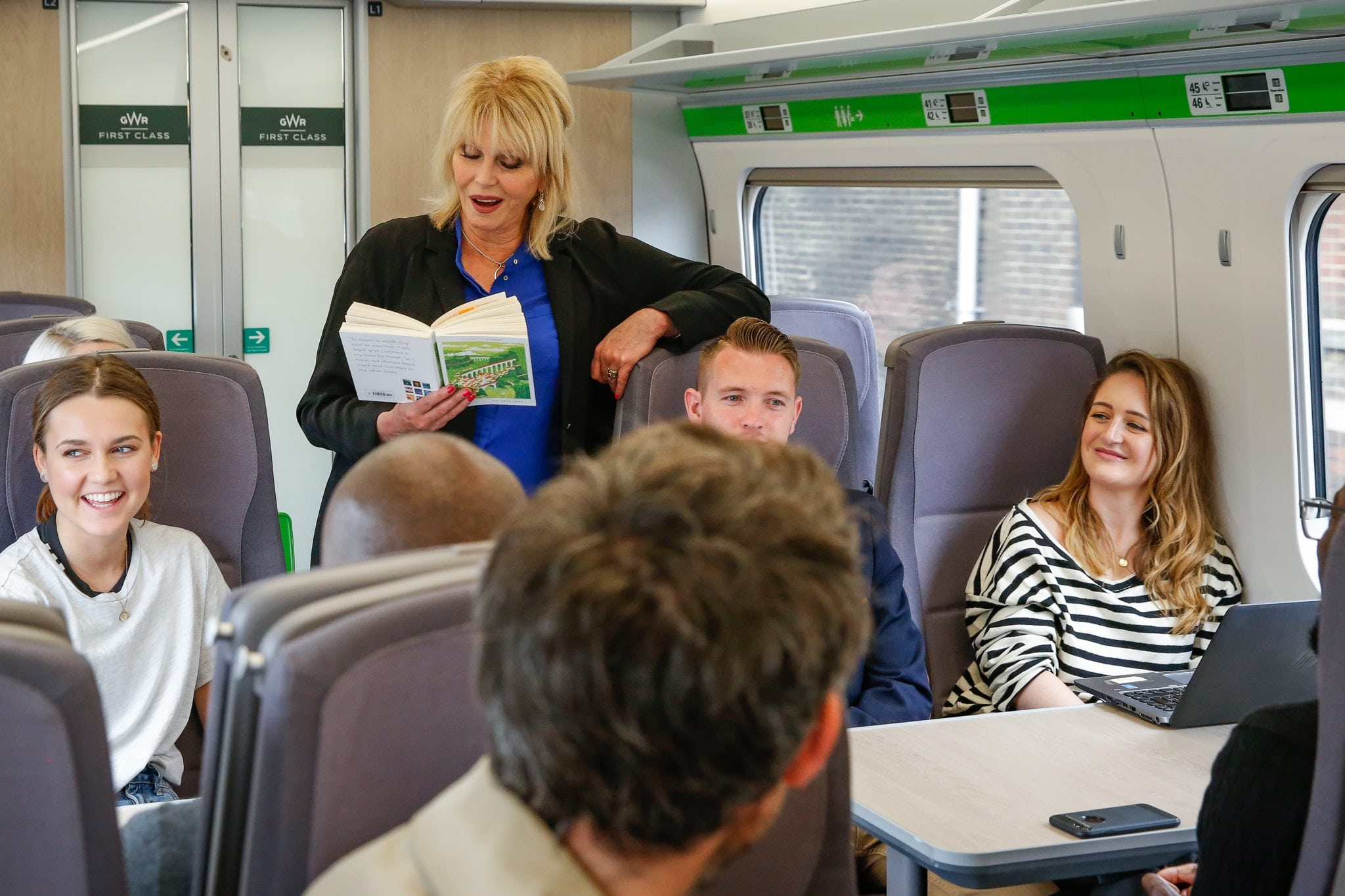 Joanna Lumley delights Swindon commuters with book reading