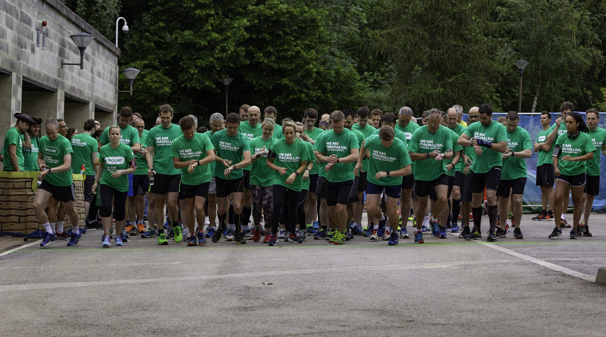 Sponsored run raises thousands for Macmillan Cancer Support